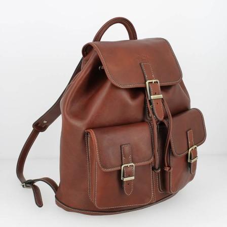 Hyper tendance, le sac à dos en cuir que l'on trouve partout chez les plus grands. Là, il est aussi beau, mais seulement à 129€ !