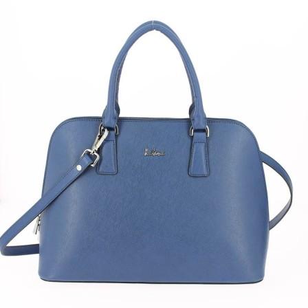 Un sac moderne, spacieux et pratique...Un sac parfait pour l'été!